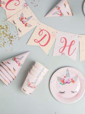 """Розовый набор для праздника """"Спящий Единорог"""" (1 гирлянда, 6 колпаков, 6 тарелок , 6 стаканов)"""
