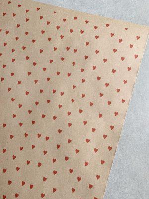 КРАФТ БУМАГА В ЛИСТАХ «Красные сердечки» 80 гр\м2 (60х150 см)